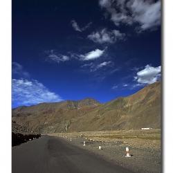 landscape_ladakh_mooreplainsroad