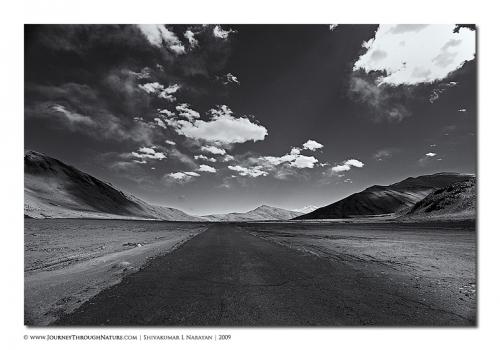mooreplainsroad landscape ladakh