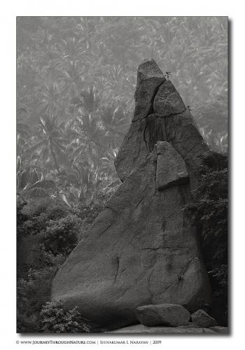 trianglesoframanagara abstract